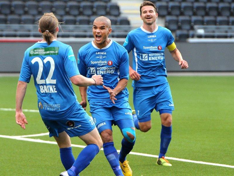 Kamal Saaliti scoret det første målet i 3-1 seieren over Odd 2 på Skagerak Arena 10.juni 2016.