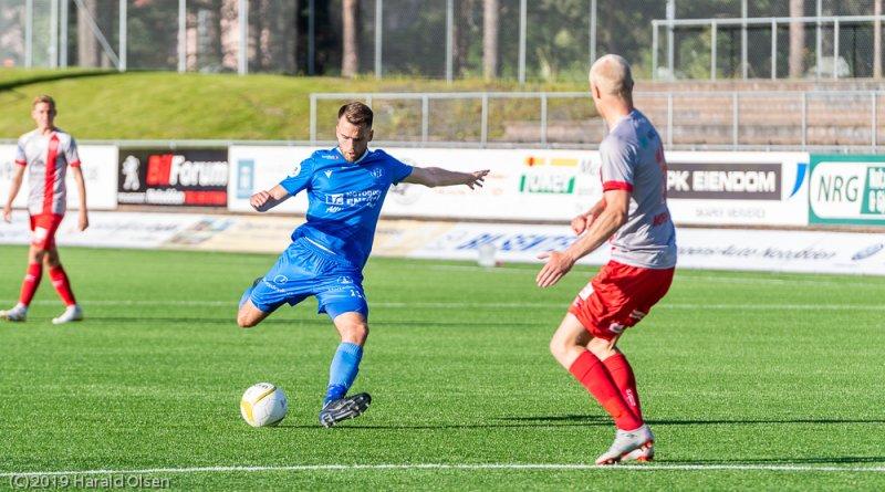 Martin Holmen og resten av spillerne er klare for å komme i gang igjen.
